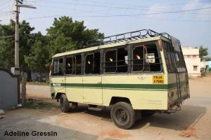 Nilakottai - Ramassage scolaire en Inde