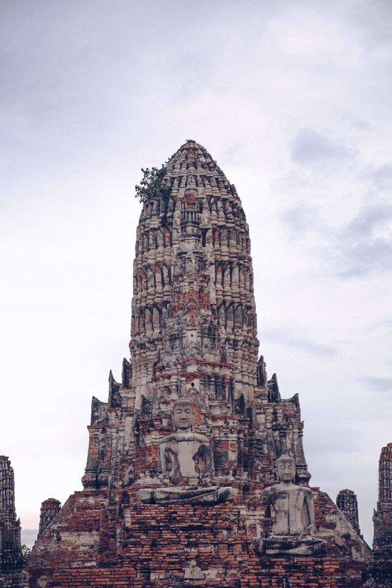 Le chedi du Wat Chai Watthanaram dans le site archéologique d'Ayutthaya