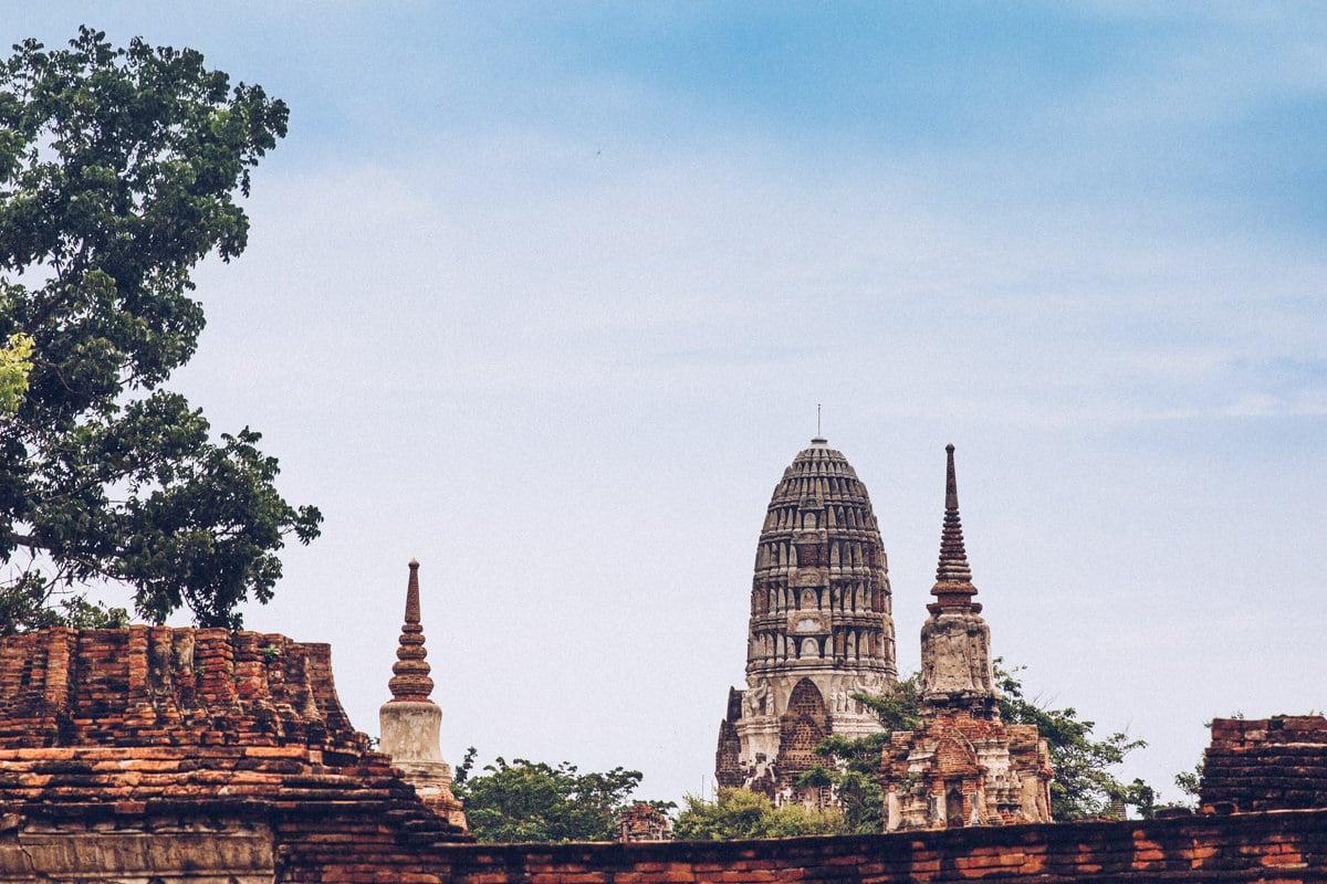Le wat Ratchaburana dans le parc archéologique d'Ayutthaya en Thaïlande est d'inspiration khmer