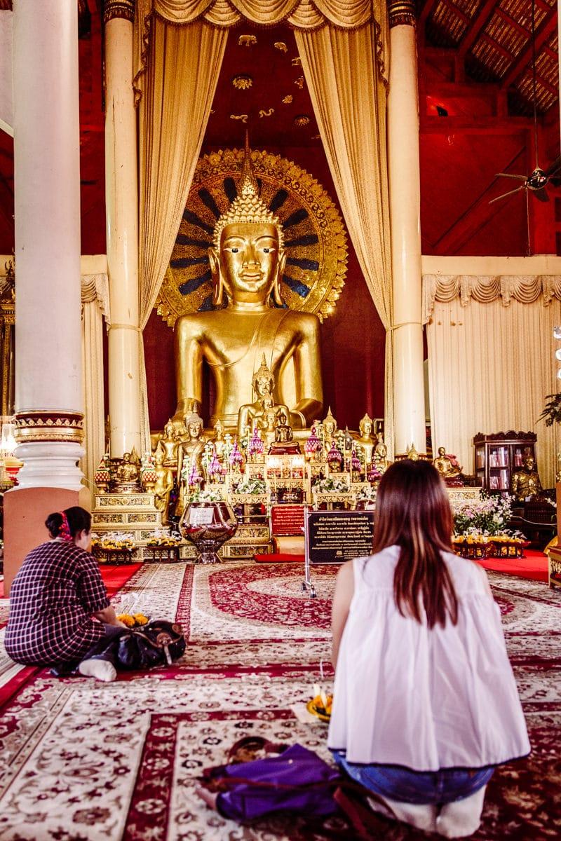 Wat Phra Singh est le plus grand temple de Chiang Mai.