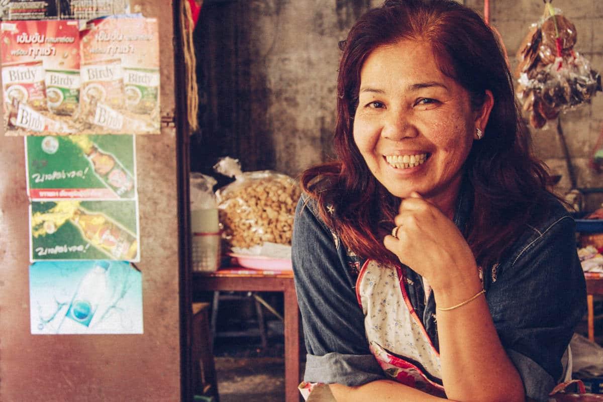 Sur le marché de la vieille ville de Chiang Mai, Thaïlande