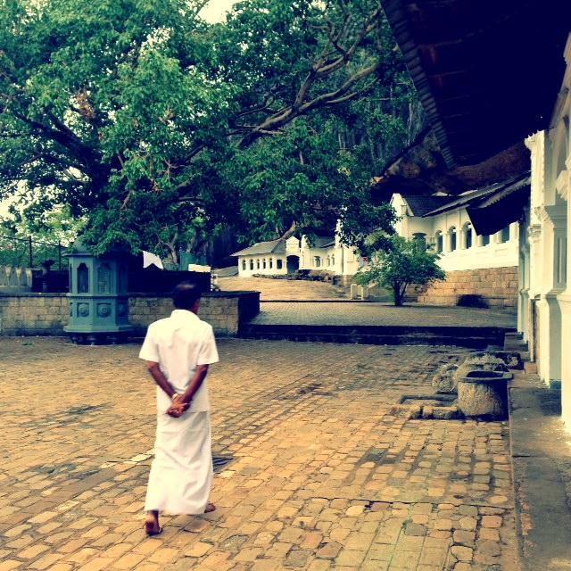 Bouddhisme au Sri Lanka - Extérieur Dambulla