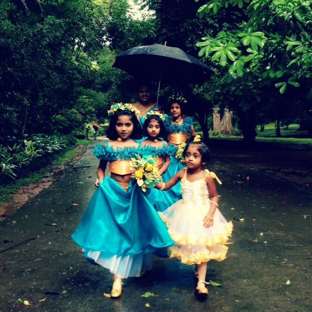 Jour de mariage au Sri Lanka - Les petites filles