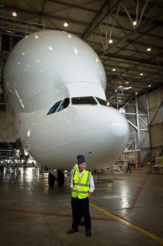 Airbus A380 - Devant le Beluga