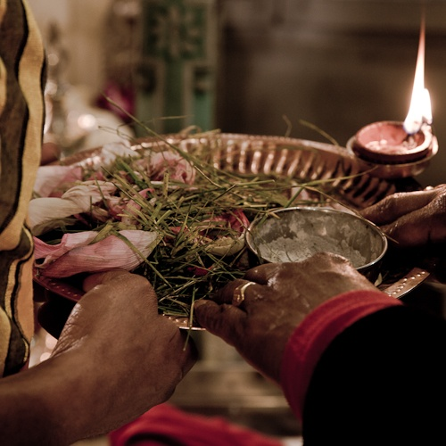 Voyage en Inde - prière temple de Ganesh
