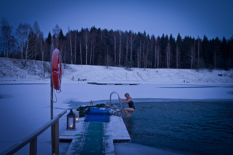 Ice swimming Finlande - Demonstration