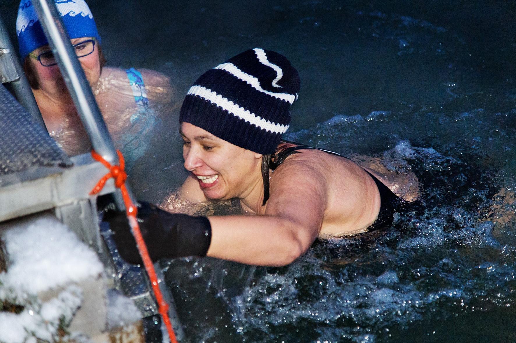 Le jour où j'ai testé l'ice swimming en Finlande