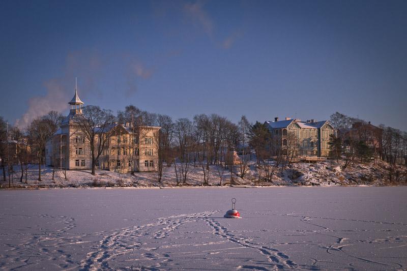 10 vues sur Helsinki - lac gelé