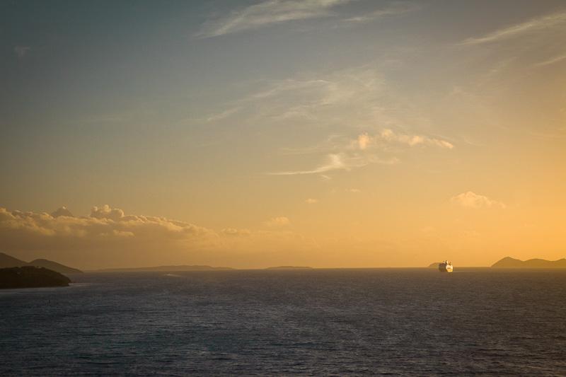Croisiere dans les caraibes - Lever de soleil aux iles vierges_