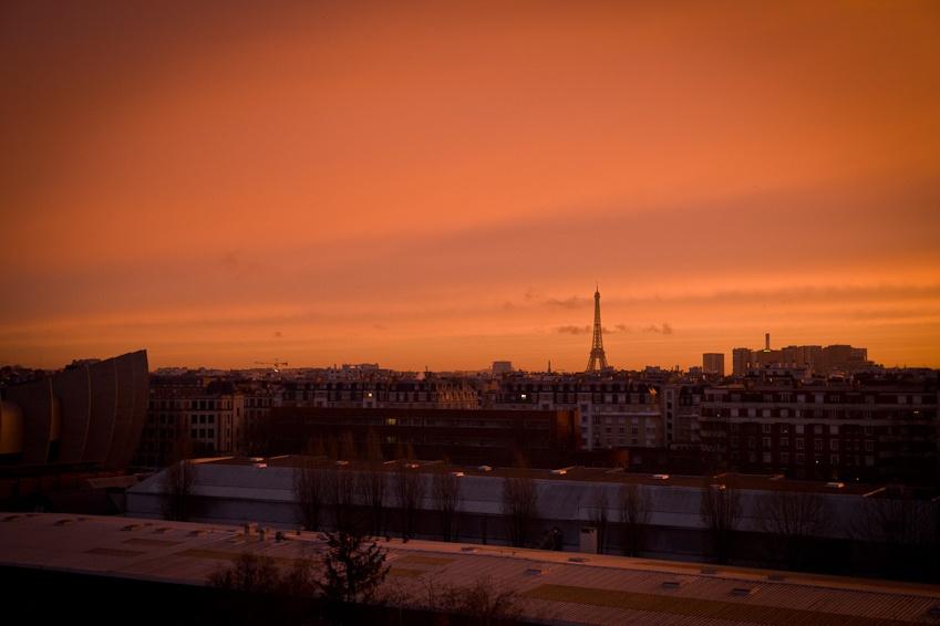 Lever de soleil sur la Tour Eiffel Paris 2