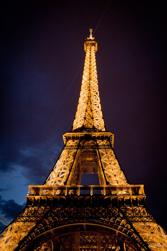 Tour Eiffel at night - Paris