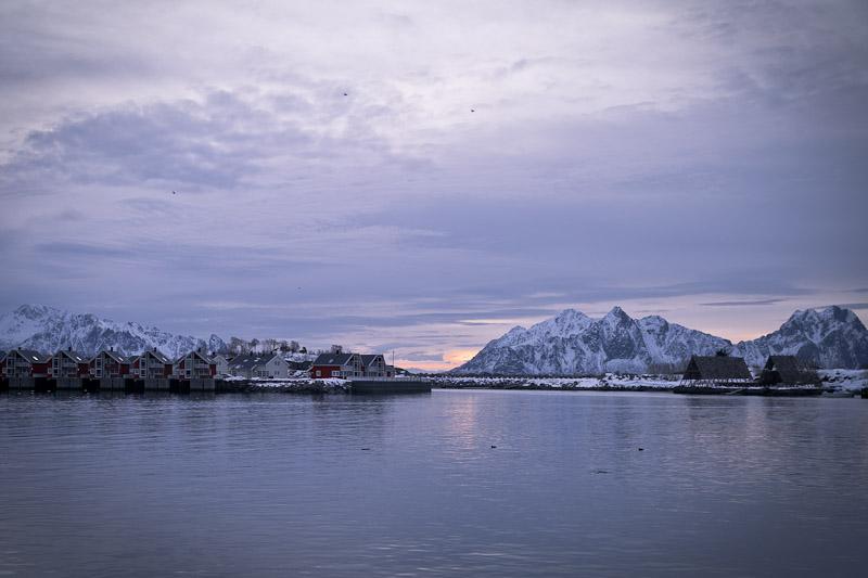 Norvege Safari des mers lofoten - Lever de soleil sur svolvaer