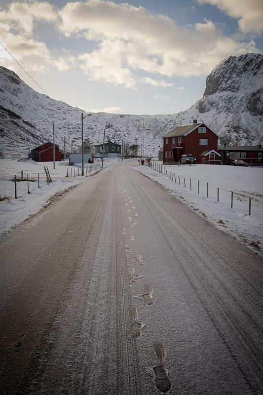 Unstad - Route gelée a Unstad Norvege