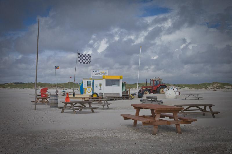 Mer des wadden - plage de Nebel - cafe et Strandbröke
