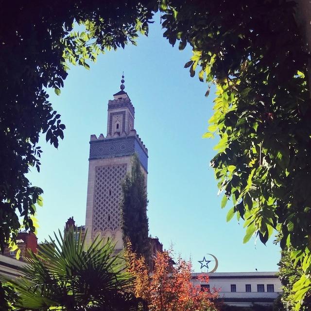 voyager en france - minaret de la mosquee de paris