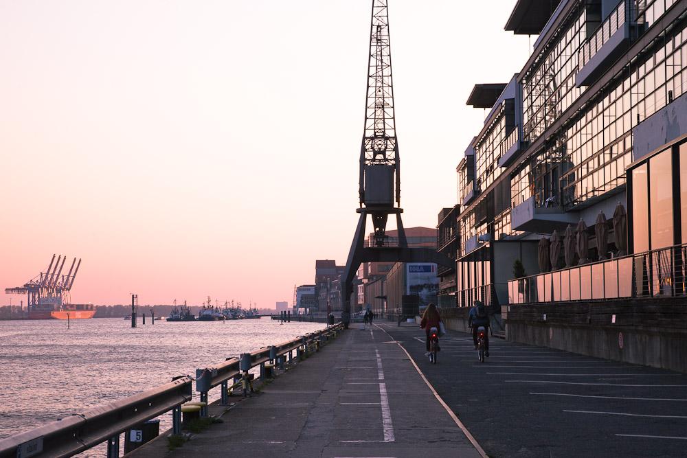 Hambourg - Balade sur le port à vélo