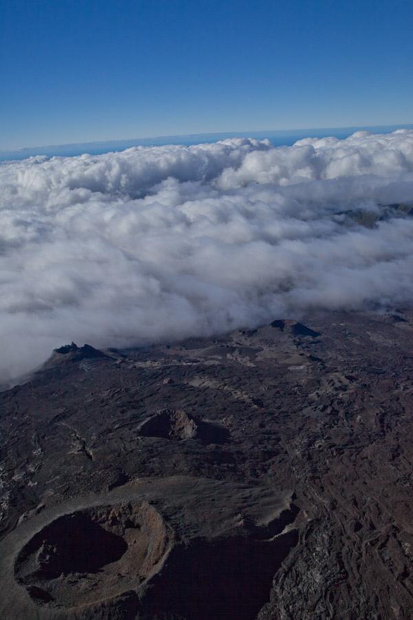 La Réunion vue du ciel - Sur le cratère