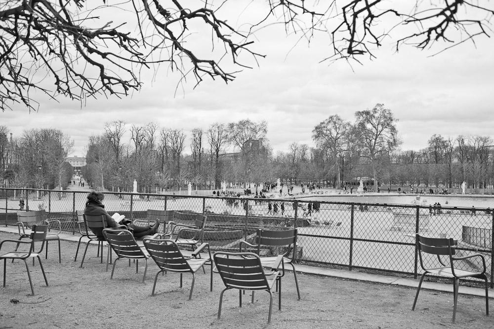 le jardin des tuileries en noir et blanc