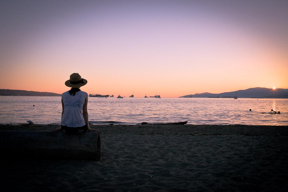 Vancouver - The girl english bay