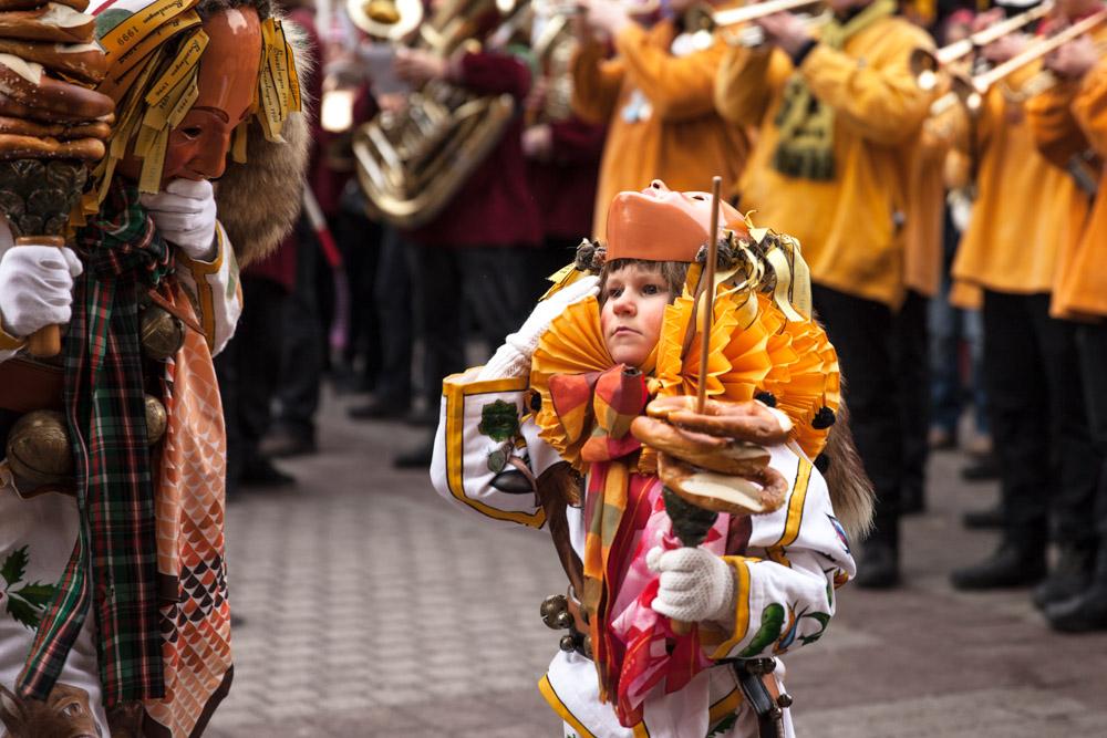 Carnaval en allemagne - Schramberg Bawu - distribution bretzel