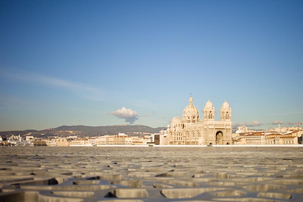Marseille - coucher de soleil sur la Major du Mucem
