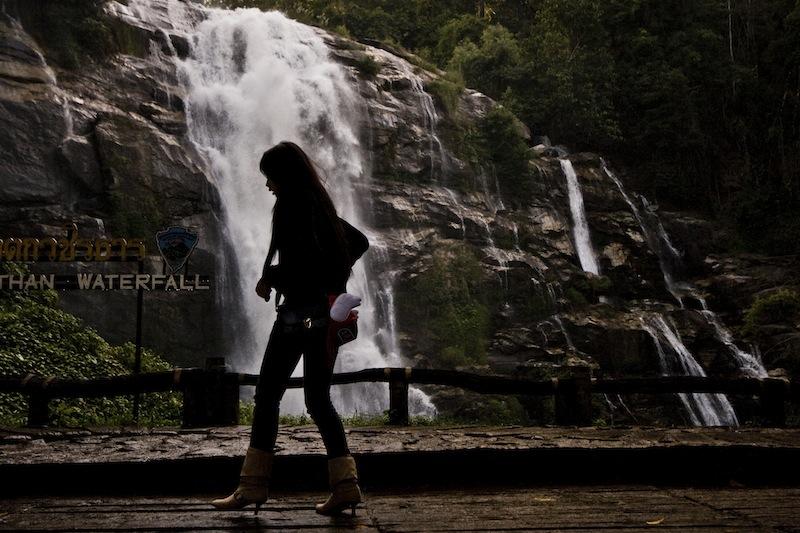 waterfalldark Thailande - Corinne Stopelli