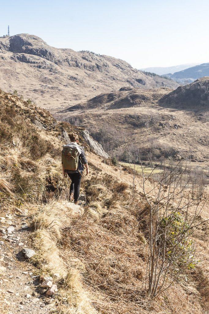 Randonnée jusqu'au viaduc de Glenfinnan en Ecosse #ecosse #roadtrip #glenfinnan