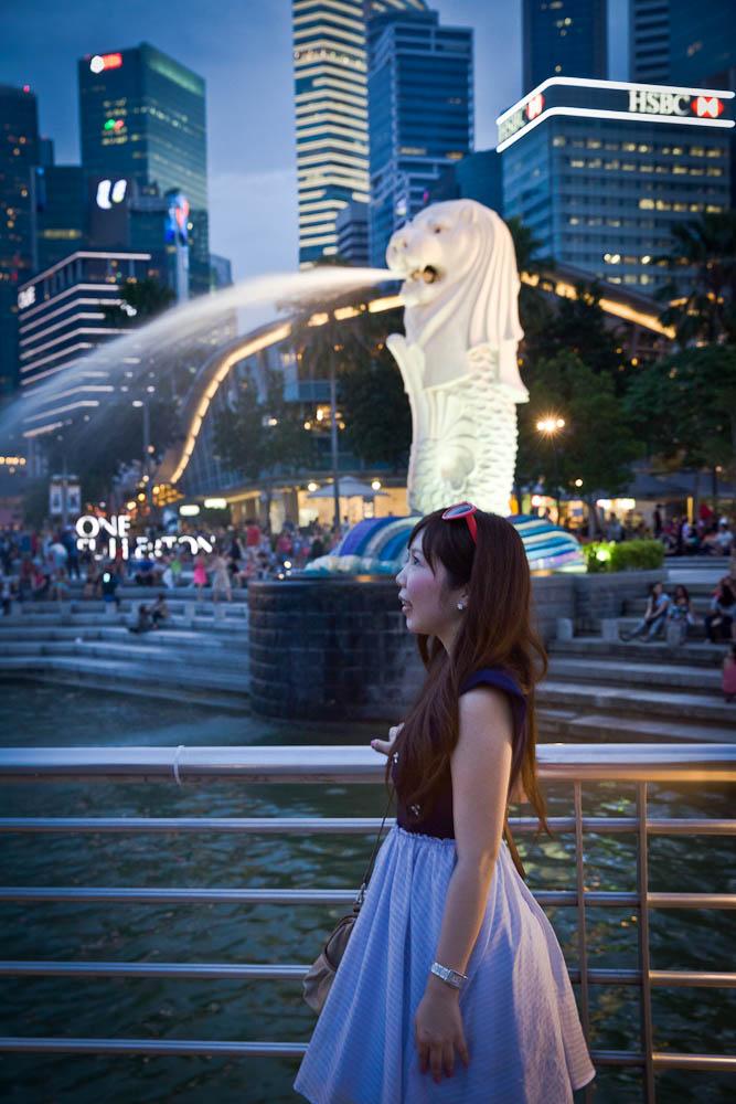 Le Merlion square, le lieu touristique par excellence à Singapour. Ici les touristes s'en donnent à coeur joie