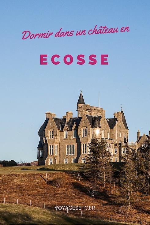 Sur l'ile de Mull en Ecosse, dans les Hébrides extérieurs, on peut dormir dans un chateau. Situé en bord de mer, c'est un endroit génial pour dormir une nuit avant d'aller se promener sur les terres environnantes.