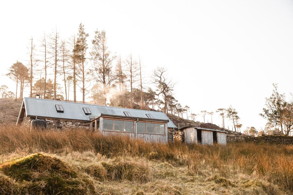 Bothy au bord du Loch Torridon Ecosse