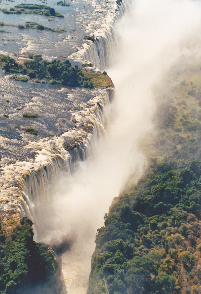 Retour en Afrique - Chutes Victoria vues du ciel