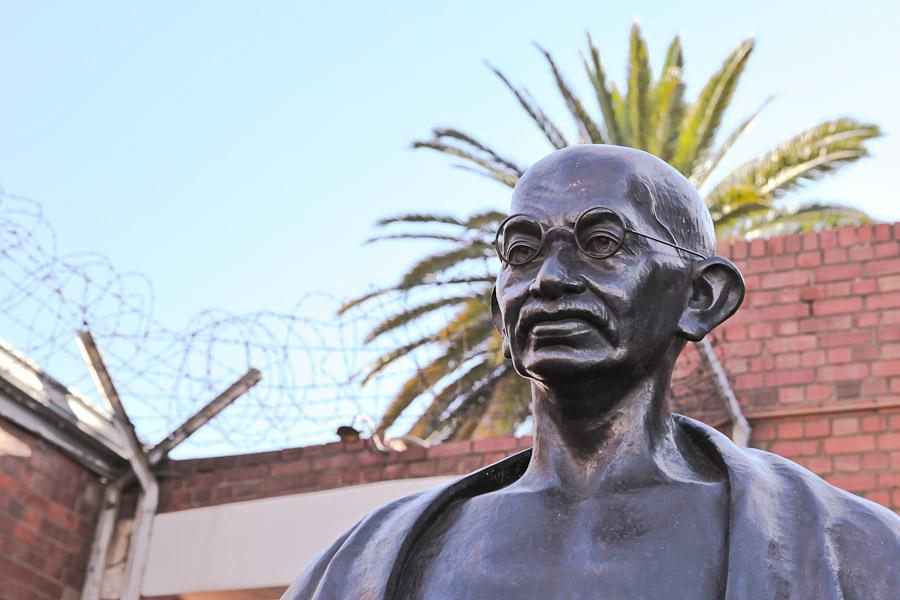 Gandhi Johannesburg - Statue Gandhi Constitution hill
