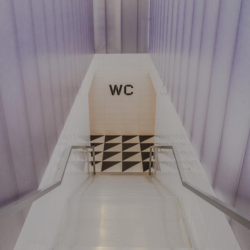 24 heures à Milan - Fondazione Prada WC