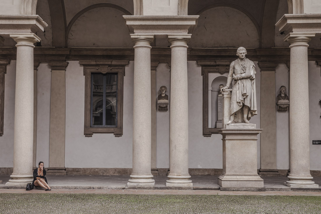 24 heures à Milan - dans la cour de la pinacoteca di brera