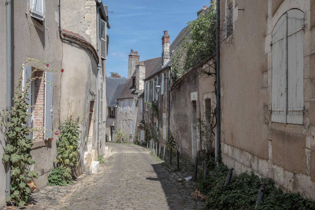 Enfance dans le Berry - la campagne en plein centre de Bourges