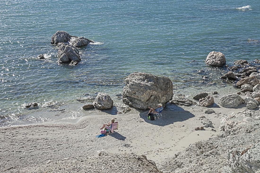 Pause sur une crique de la côte ouest de l'Attique