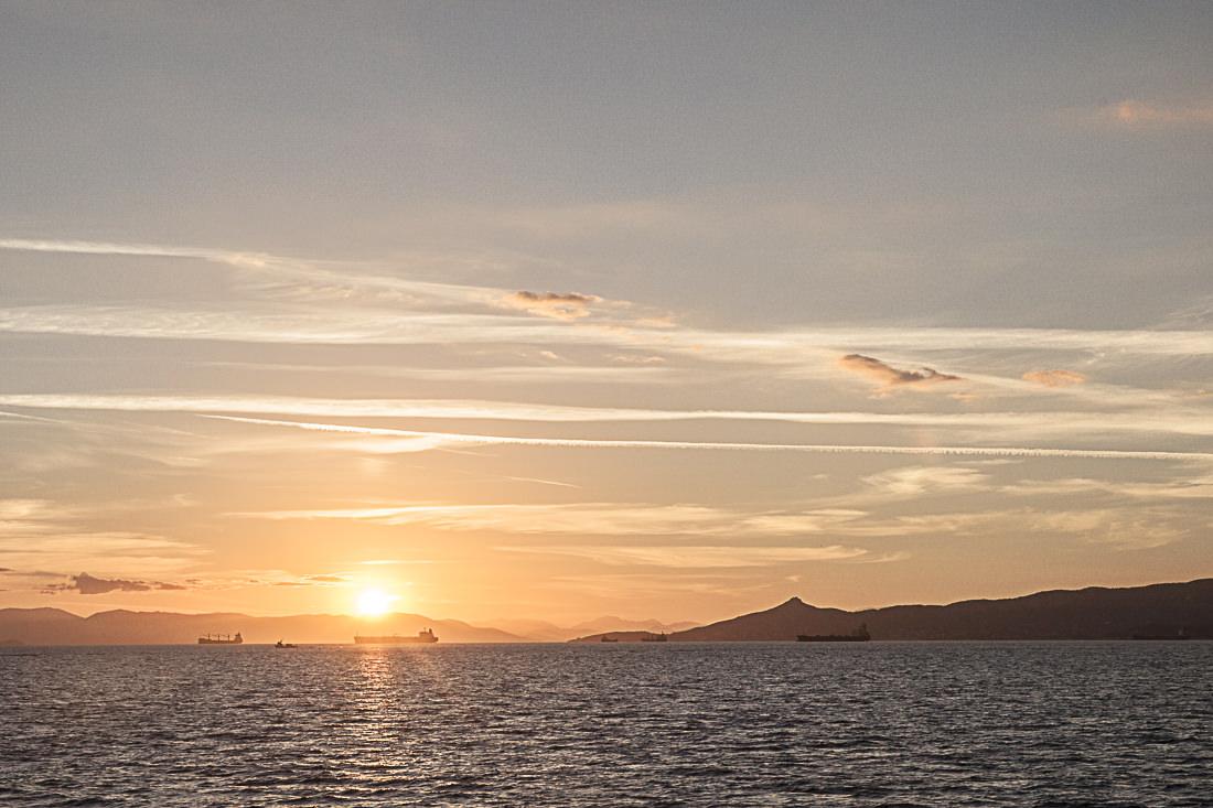 coucher de soleil sur la mediterranée