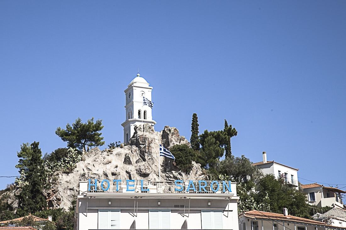La tour de l'horloge Poros Grèce