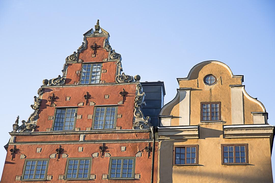 Les jolies façades de Gamla Stan, la vieille ville de Stockholm. Incontournable