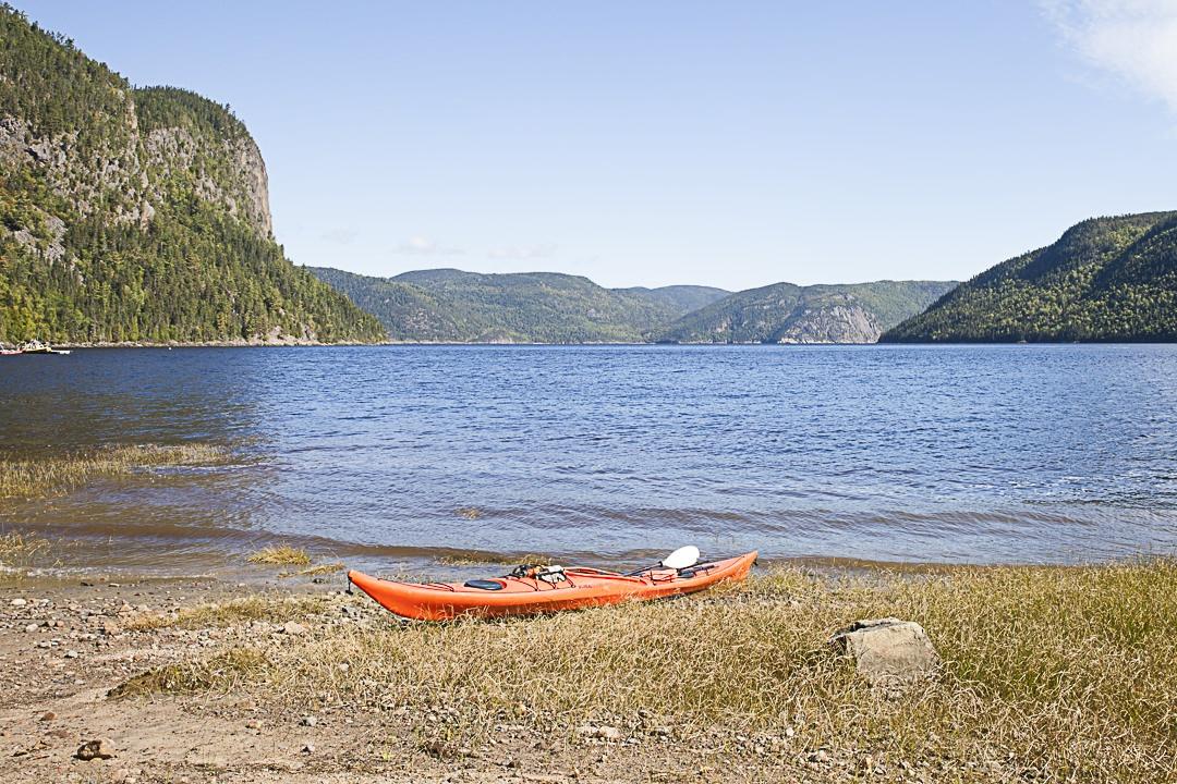 Kayak sur le parc national du fjord du Saguenay