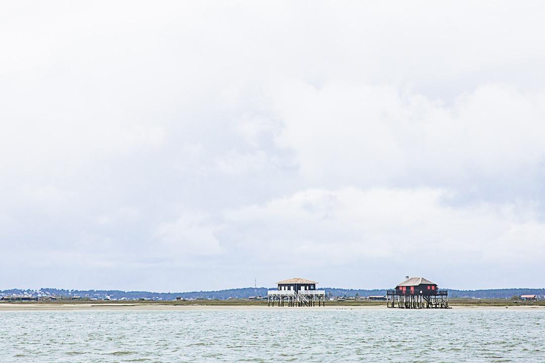 Iconiques cabanes tchanquées du bassin d'Arcachon