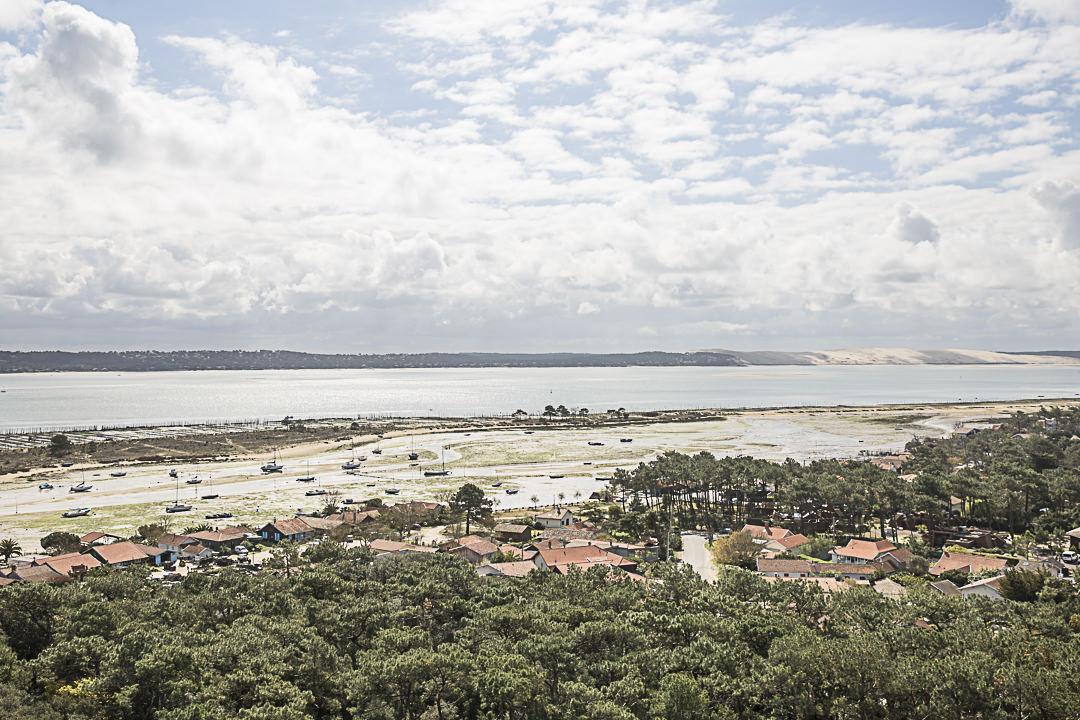 Vue sur la dune du Pyla et la conche du Mimbeau depuis le haut du phare