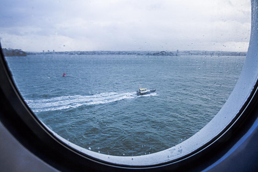 Le bateau pilot à l'arrivée à Plymouth