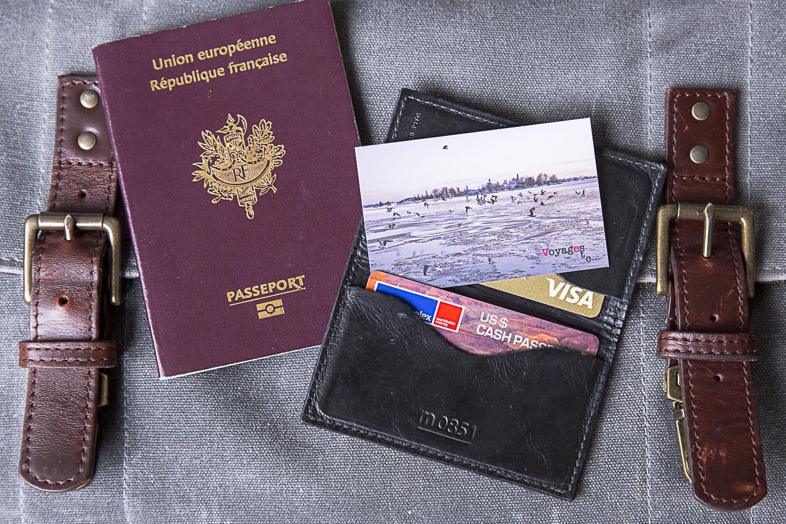 Carte Bancaire Bloquee A L Etranger Que Faire Voyages Etc