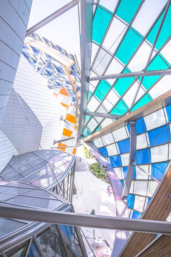 Enchevetrements du toit de la fondation Louis Vuitton