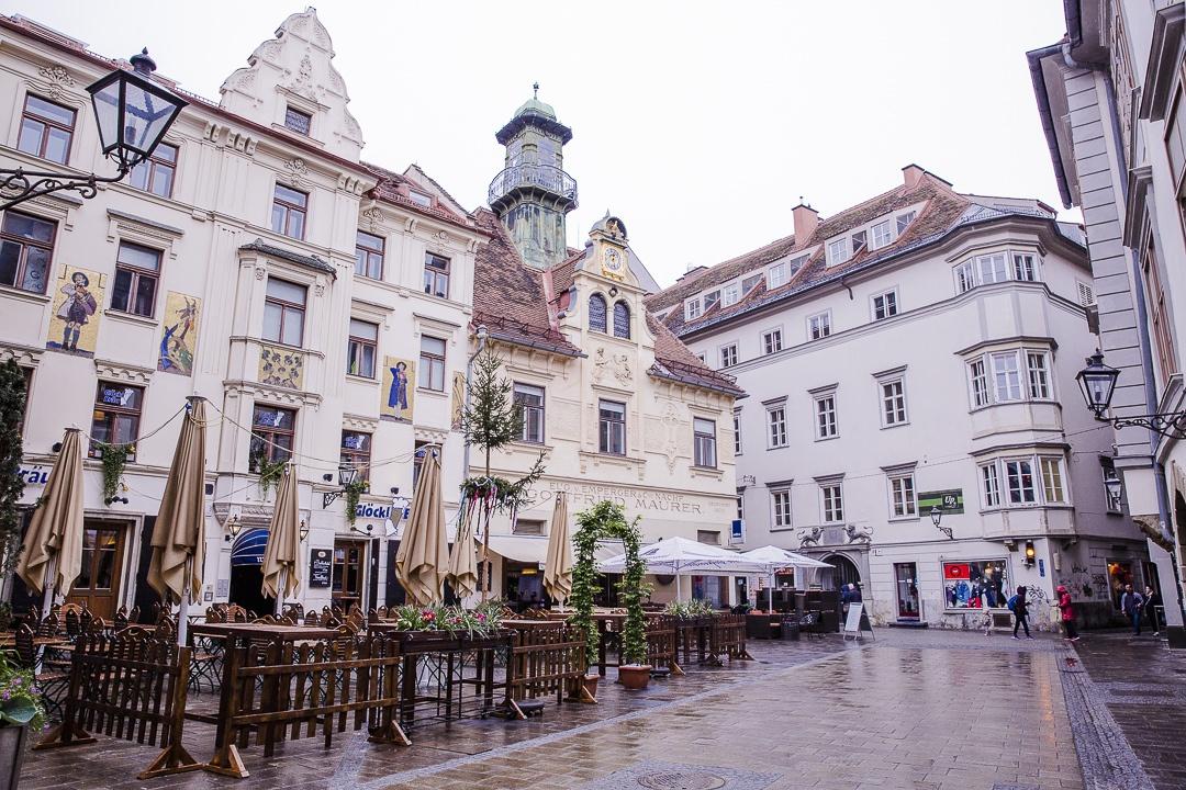 Place du carillon Graz