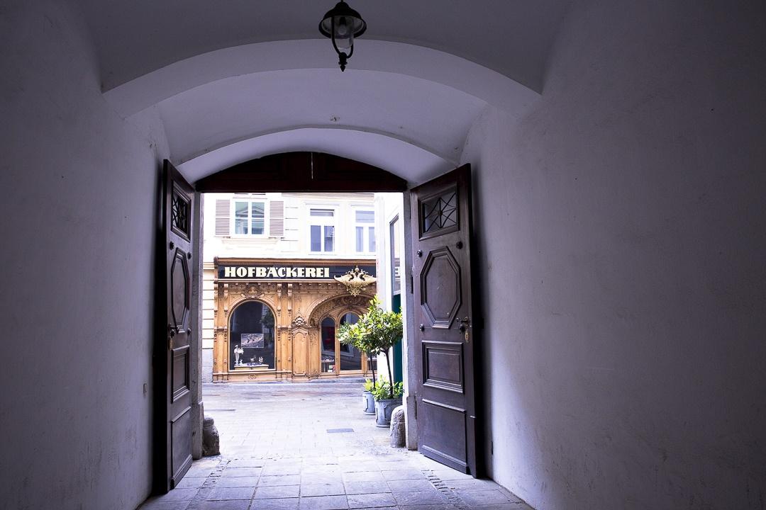 Jolie devanture de la boulangerie impériale de Graz