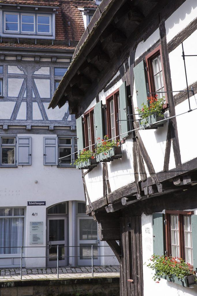 Oui la maison est bien penchée !!! Hotel Schiefes haus à Ulm - Allemagne