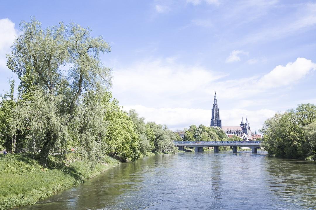 Traverser le Danube à vélo à Ulm - Allemagne
