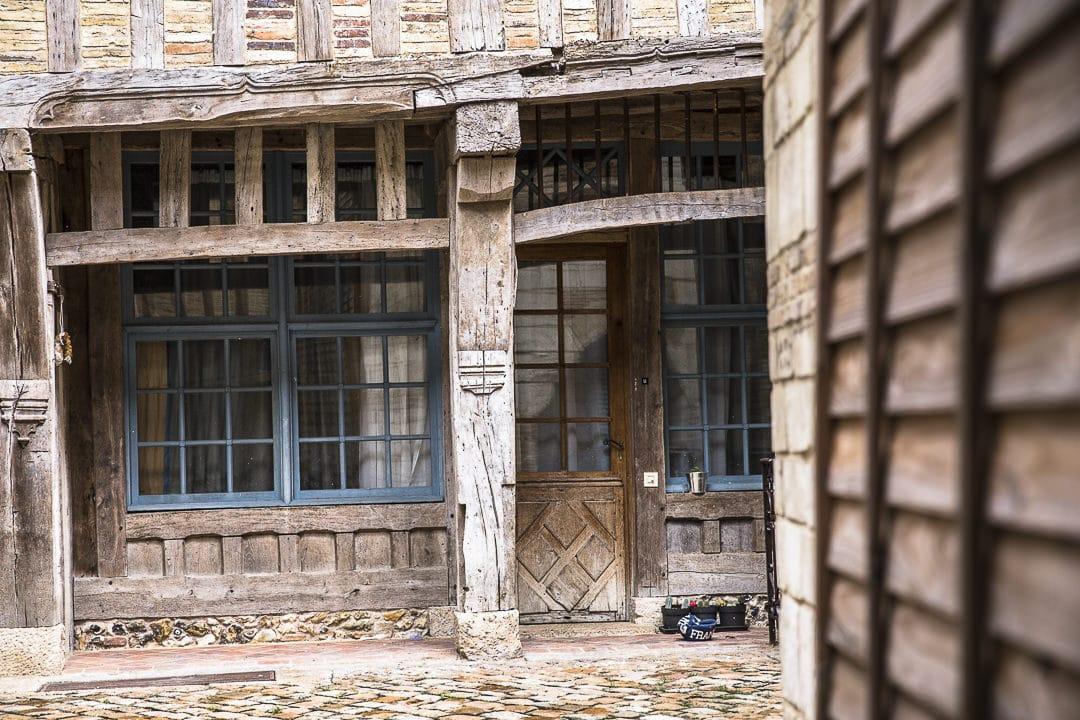 Troyes en Champagne - jolie cour intérieure